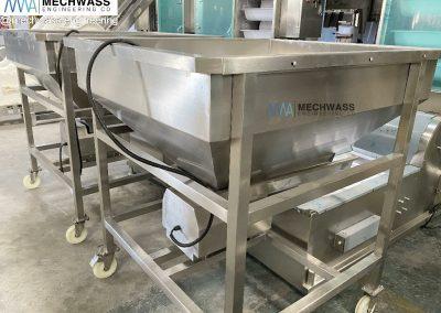 bucket conveyor machine