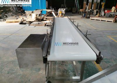 flat horizontal conveyor